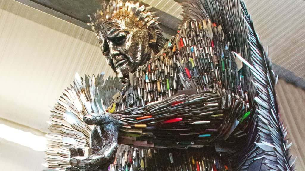100,000 weapons knife angel sculpture 3 (1)