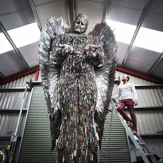 100,000 weapons knife angel sculpture 6 (1)