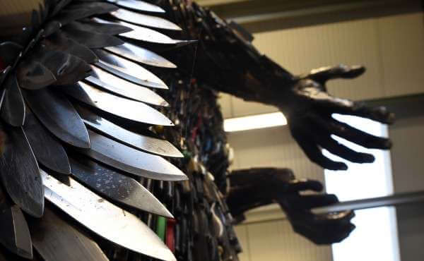 100,000 weapons knife angel sculpture 7 (1)