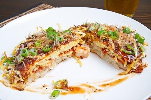 Okonomiyaki pizza