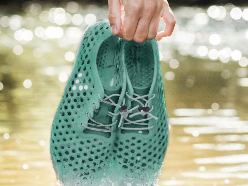 Sustainable Sneakers made of algae 4