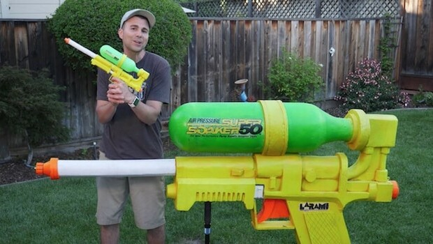 biggest super soaker gun feat (1)