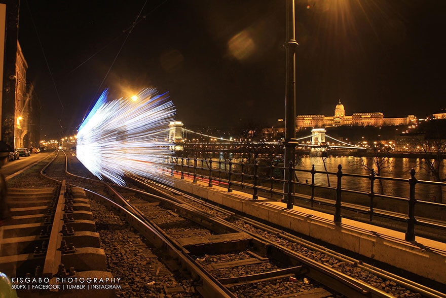 long exposure shots budapest trains 5 (1)