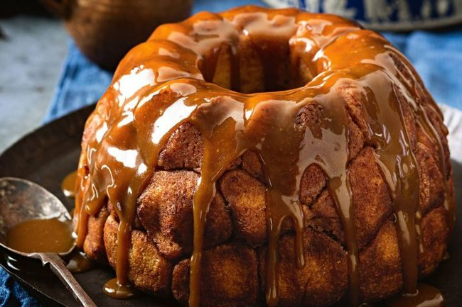 Apple-filled Monkey Bread