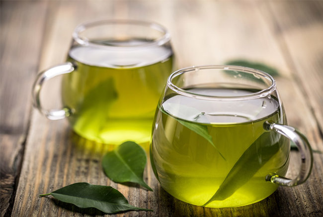 rsz_how-to-include-more-green-tea-in-your-diet (1)