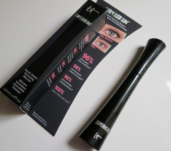 rsz_it-cosmetics-superhero-elastic-stretch-volumizing-mascara-review