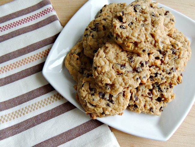Muesli Monster Cookies