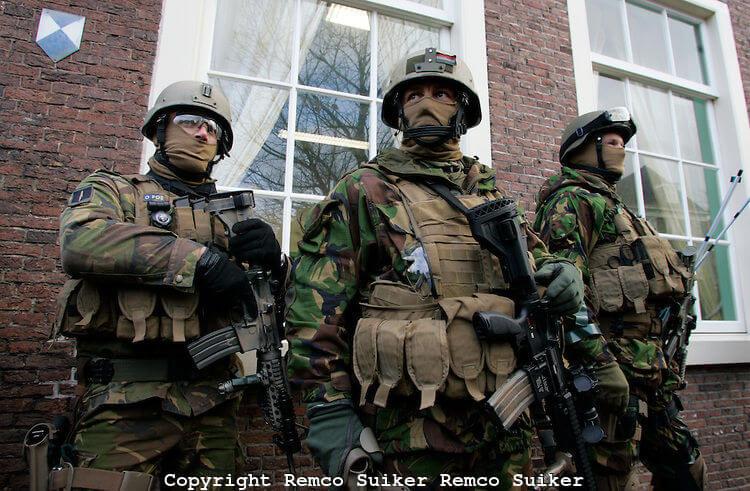 special forces uniform 10 (1)