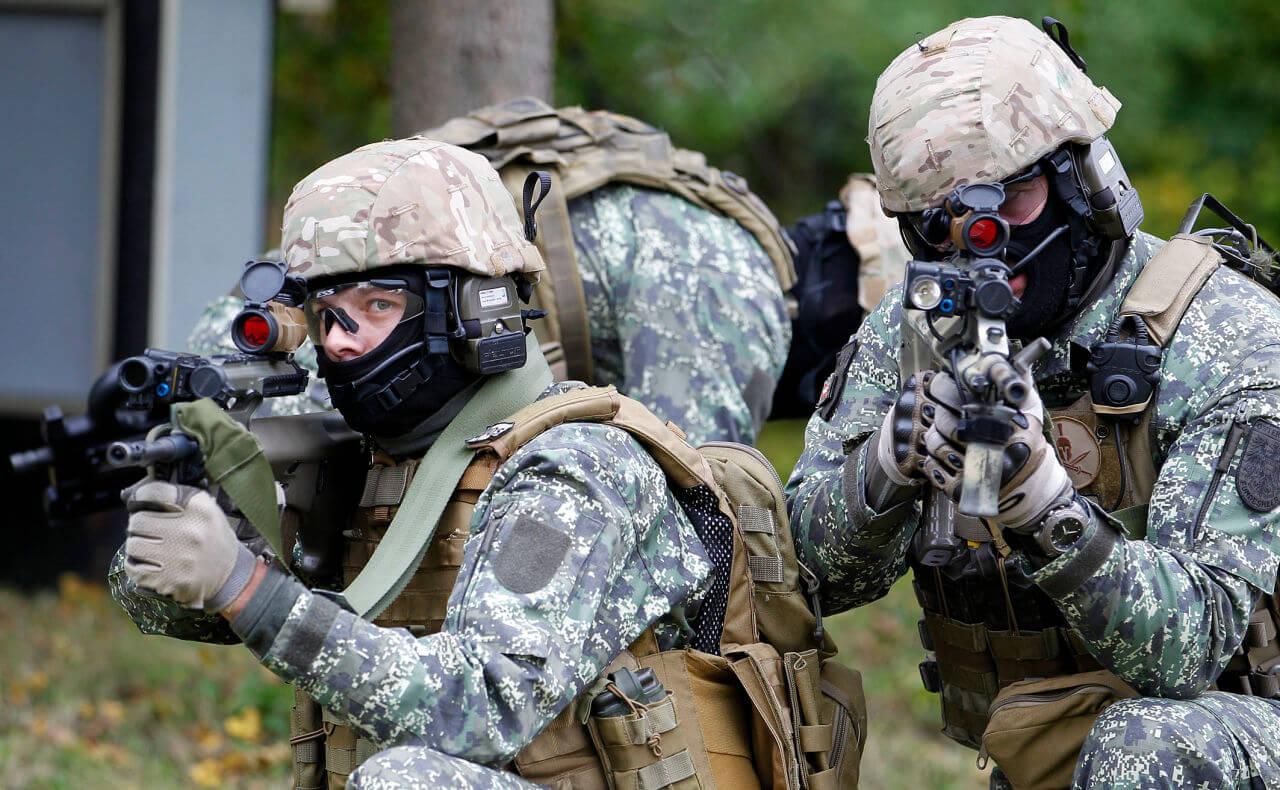 special forces uniform 33 (1)
