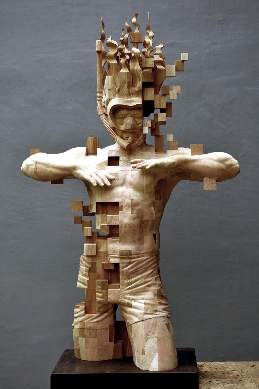 Hsu Tung Han pixelated wood sculpture (1)
