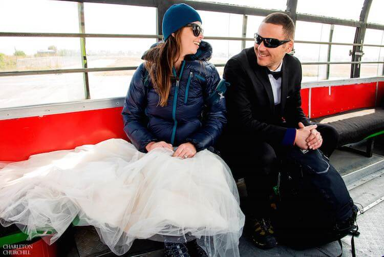 couple gets married on mount everest 2 (1)