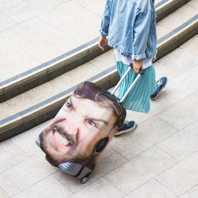 luggage case with your face - the head case (1)