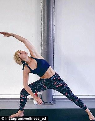 man mocks girlfriend instagram fitness photos 4 (1)