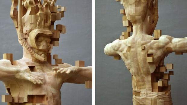 pixelated wooden sculpture feat (1)