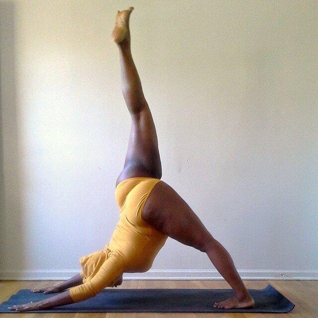 plus size yoga instructor 7 (1)