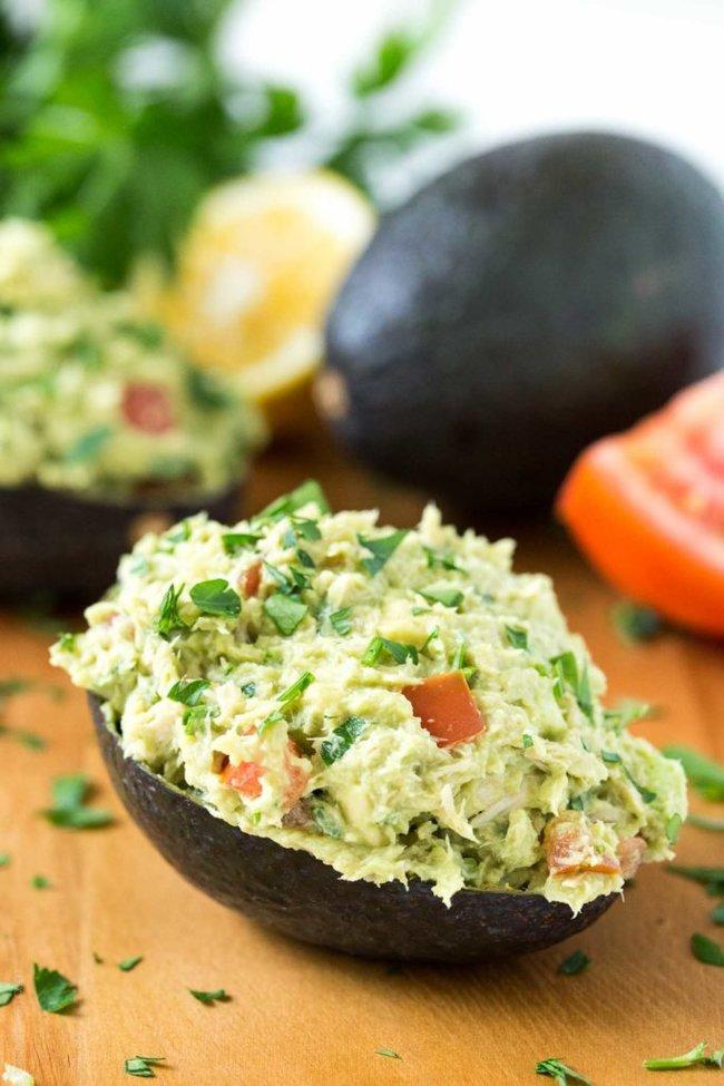 rsz_paleo-tuna-avocado-boats-no-mayo-just-tuna-and-avocado-1-683x1024