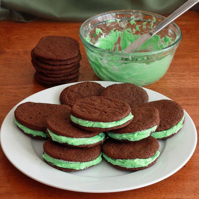 rsz_shamrock-sandwich-cookies-1-final