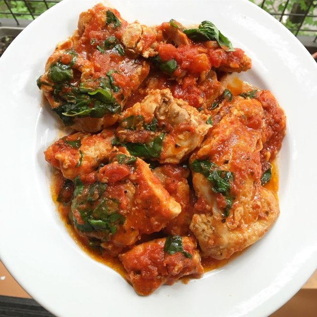 rsz_tomato-basil-chicken-with-garlic-butter-sauce-1024x1024