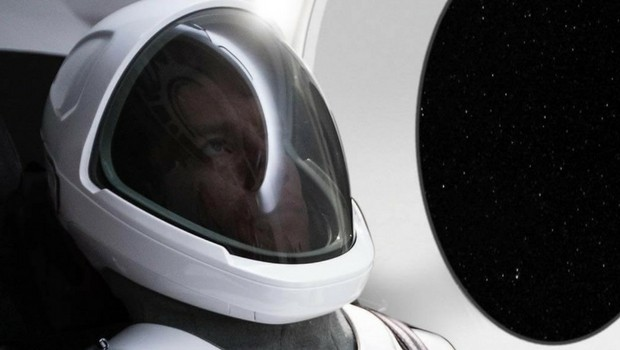 spacex space suit feat