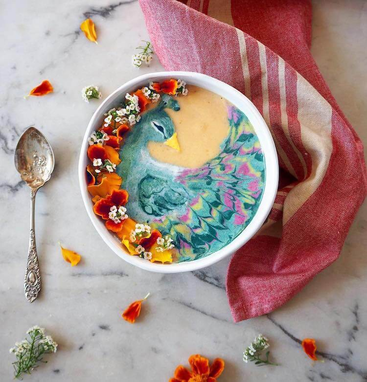 Beautiful Art on Smoothie Bowls 4 (1)