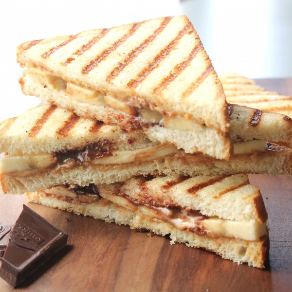 Grilled Peanut Butter Banana Sandwiches (1)