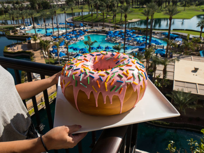 giant donut delivered to room (1)