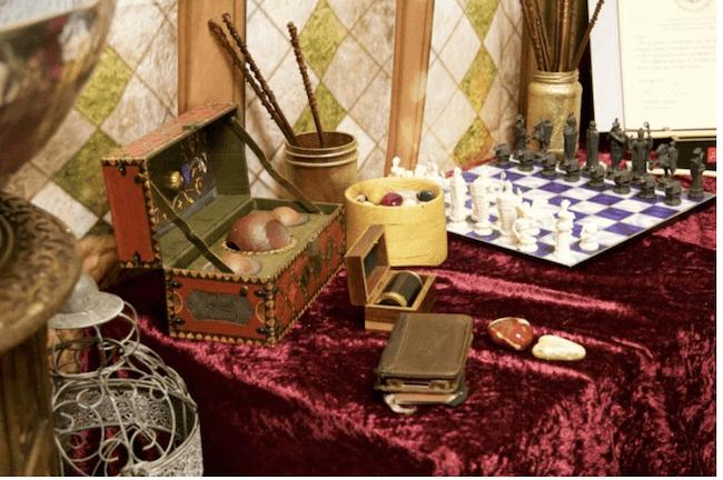 teacher transforms classroom into harry potter theme world 17 (1)