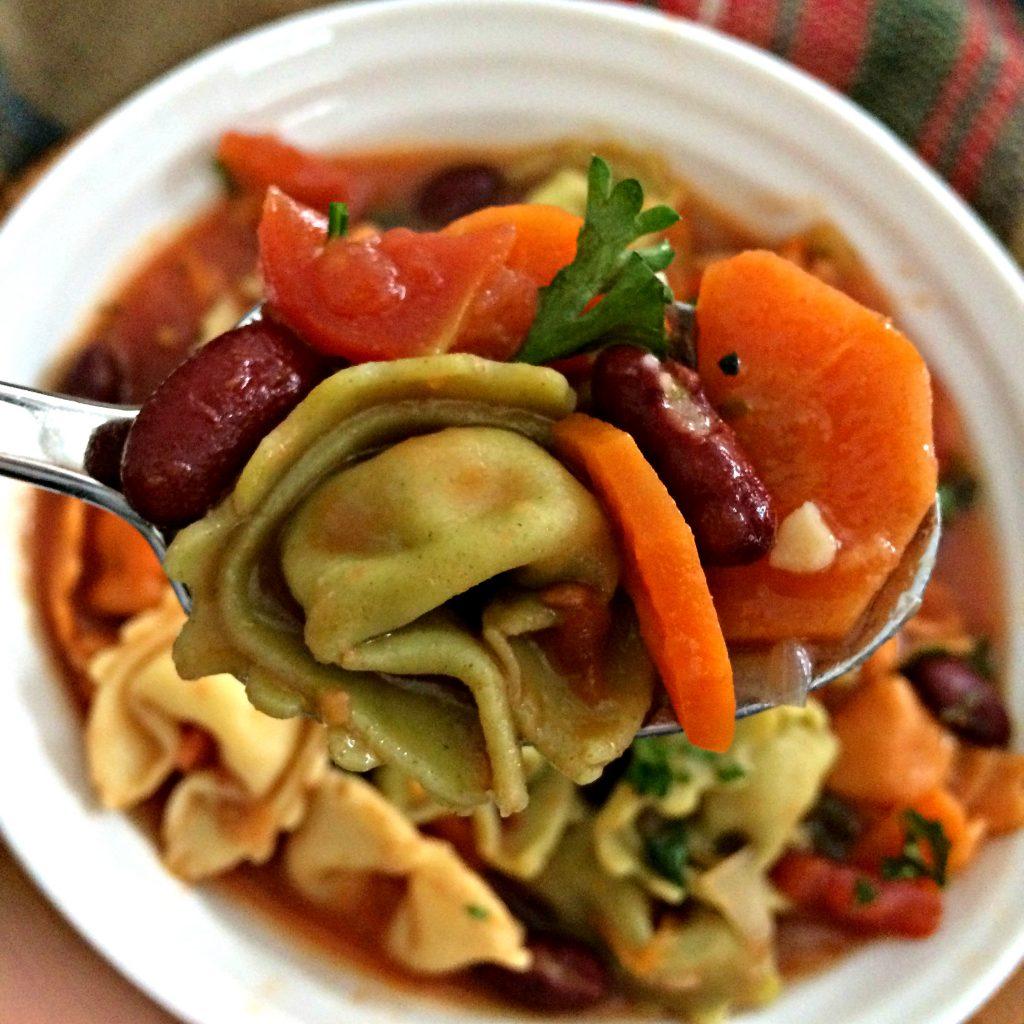 tortellini-minestrone-soup-TetaLizza.com-2-1024x1024