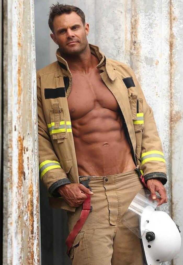2018 Australian Firefighters Calendar 11 (2)