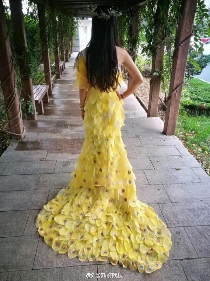 6000 leaves dress for prom 8 (1)