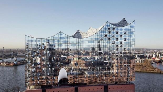 Elbphilharmonie Concert Hall In Hamburg feat (1)