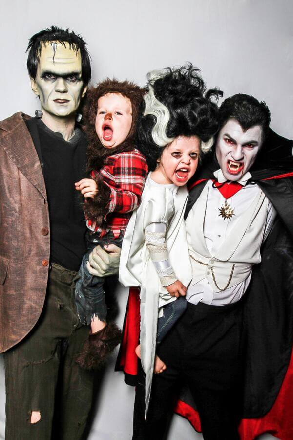 Neil Patrick Harris and family own Halloween 5 (1)
