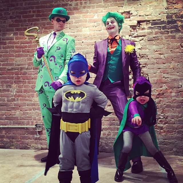 Neil Patrick Harris and family own Halloween 7 (1)