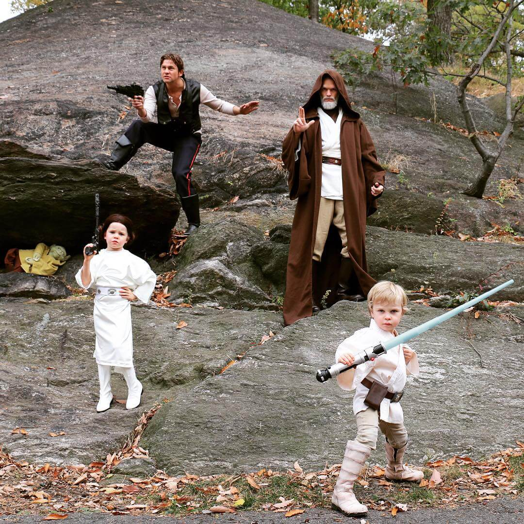 Neil Patrick Harris and family own Halloween 8 (1)