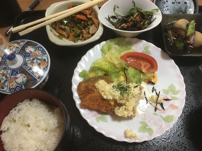 woman giving birth in japan shows amazing hospital food 5 (1)