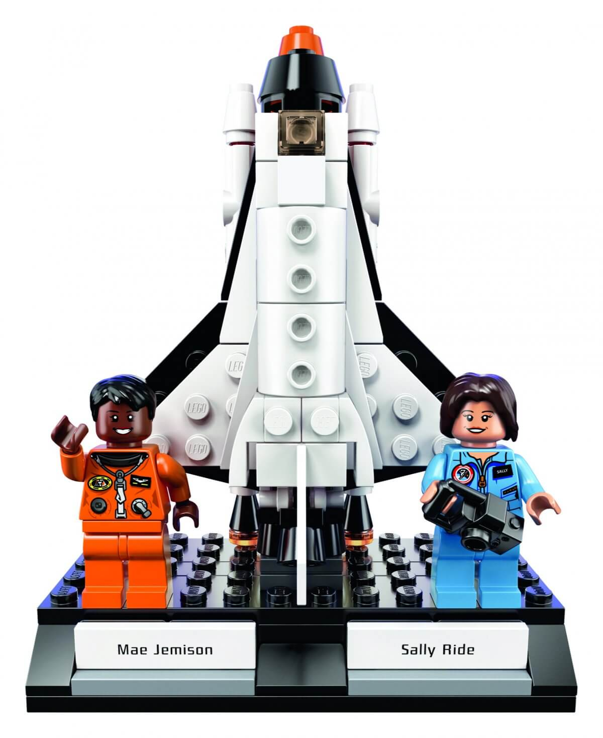 women of NASA lego 9 (1)