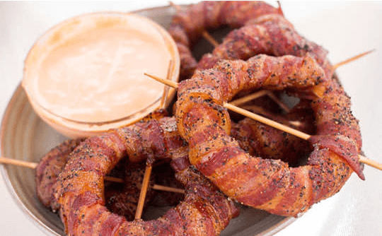 bacon wrapped onion rings 7 (1)