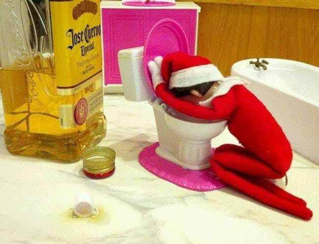weird elf on the shelf 21 (1)