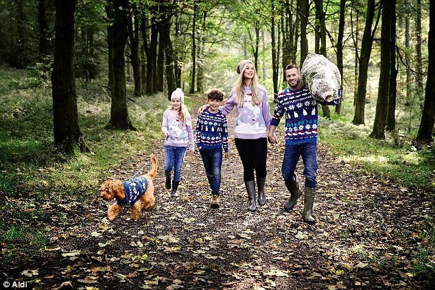 matching Christmas jumpers for pets and owners 1 (1)