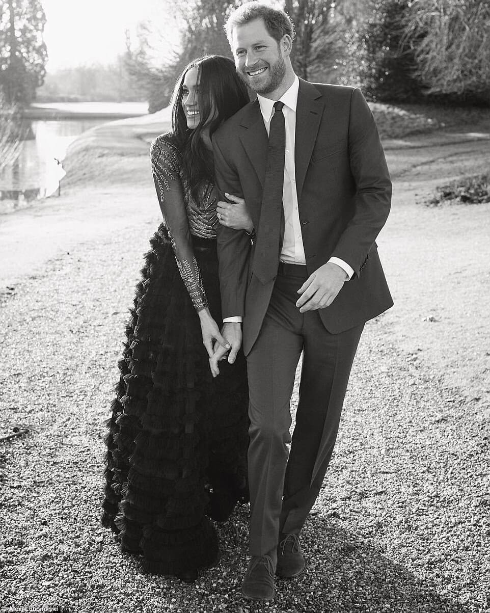 prince harry meghan markle engagment photos 1 (1)