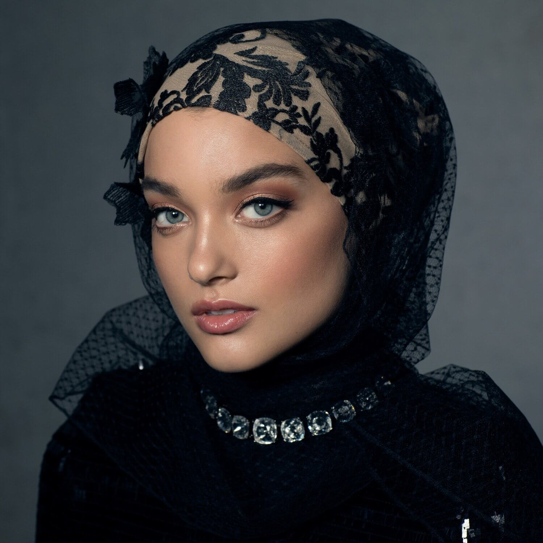 Melanie Elturk luxury hijab 6 (1)