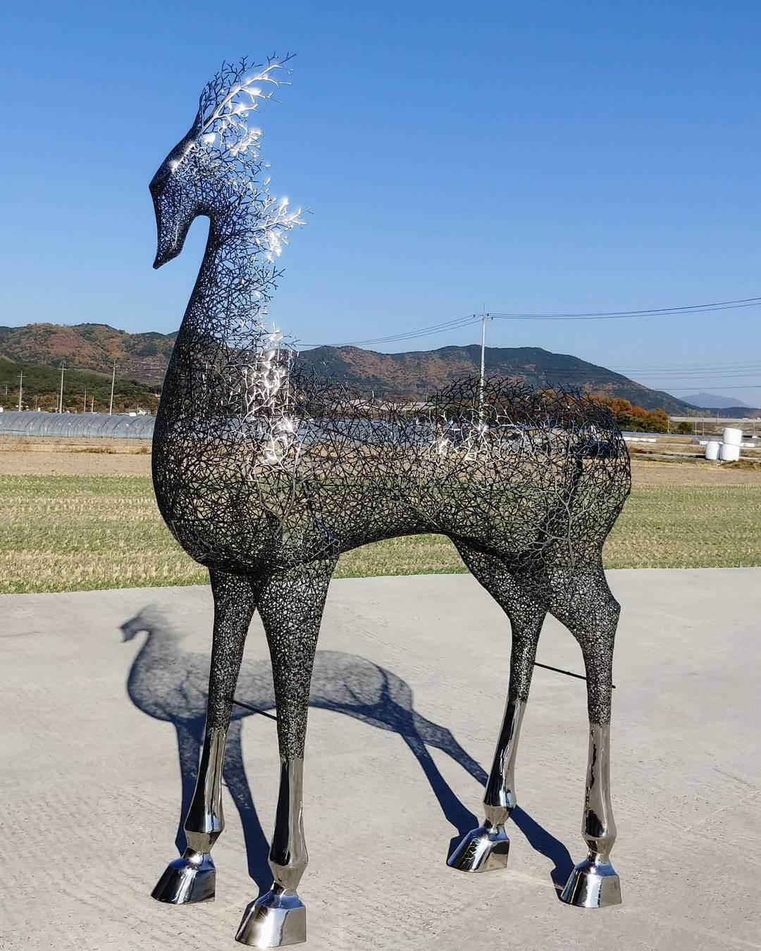 Kang Dong Hyun metal sculpture animals 9 (1)