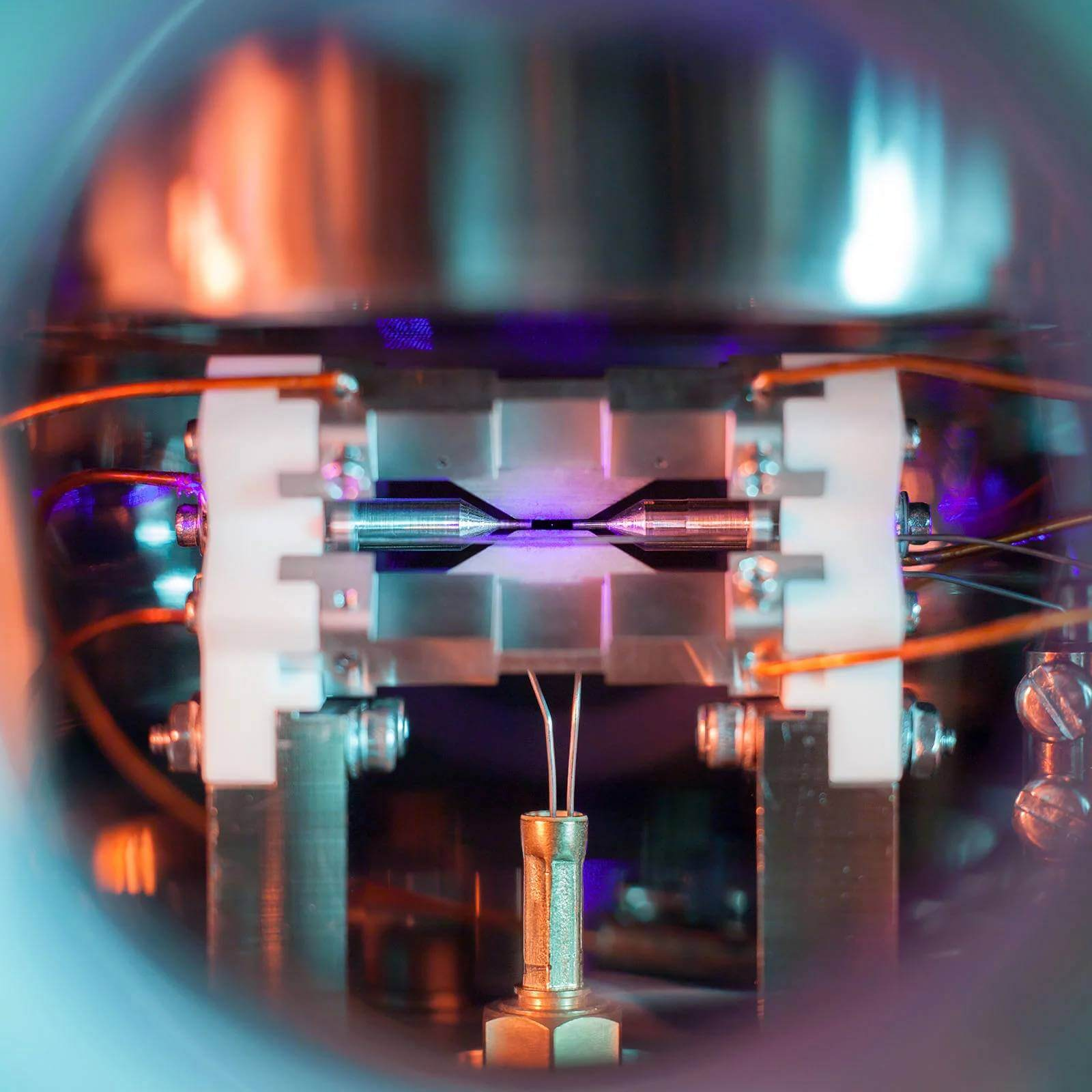 Picture of a Single Atom 1 (1)