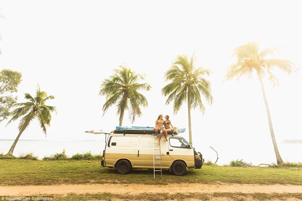 couple travel 100000 kilometers in australia with a van 9 (1)