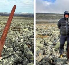 viking sword feat (1)