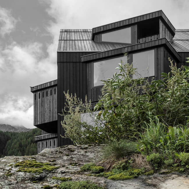 black architecture 6 (1)