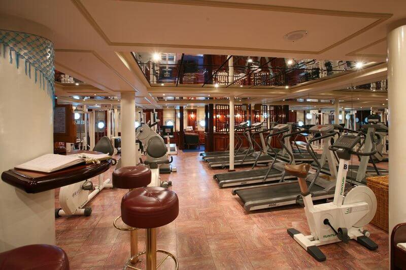 royal clipper biggest sailing ship 10 (1)