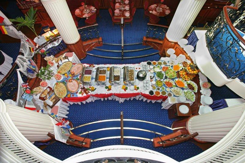 royal clipper biggest sailing ship 17 (1)