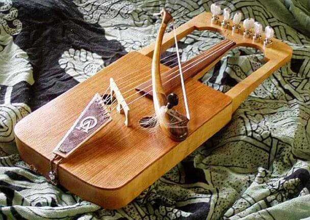 unusual instruments 17 (1)