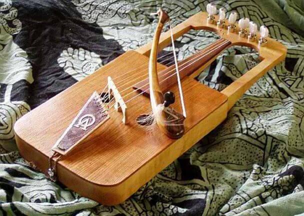 unusual instruments 17 (1)